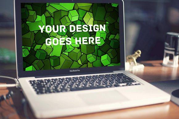 MacBook Display Mock-up #15