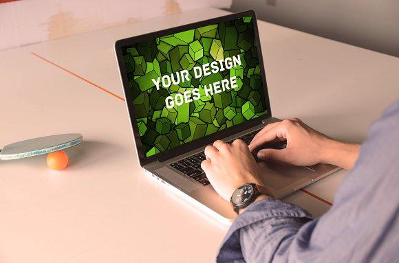 MacBook Display Mock-up #12