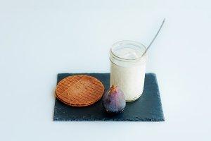 Yogurt with fig