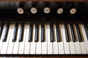Keys of the old harpsichord