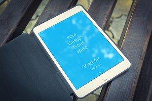 Apple iPad Display Mock-up#2