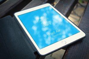 Apple iPad Display Mock-up#3