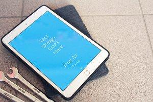 Apple iPad Display Mock-up#8