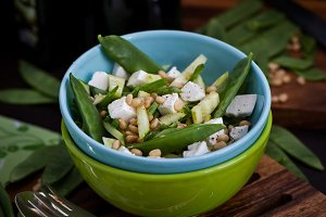 Salad with cucumber, peas and feta