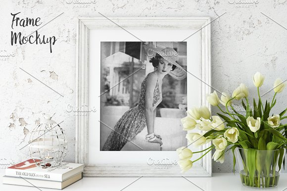 Download Vintage Frame Mockup_02