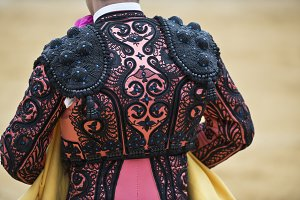 Detail of the jacket of the bullfighter.