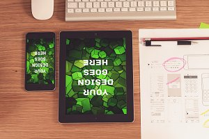 Tablet Display Mock-up#16