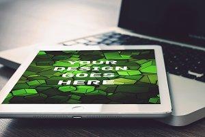 Tablet Display Mock-up#17