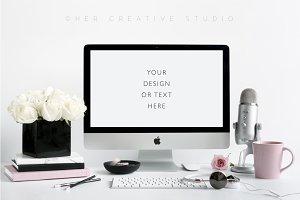Styled Desktop Mockup | Microphone