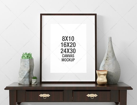 Download Poster Frame Mockup