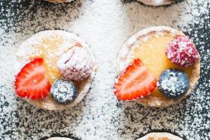 Tartlets of fruits