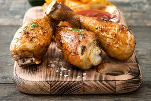 Roast chicken drumsticks and beer