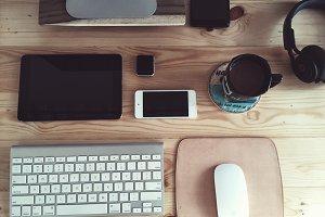 Essentials desk