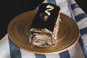 Cream and chocolate cake