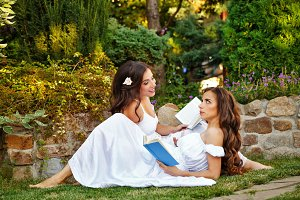 Sisters read books