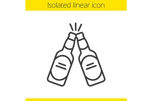 Toasting beer bottles icon. Vector