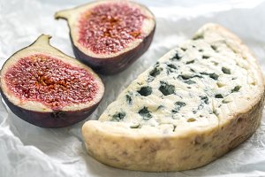 Blue cheese with fig