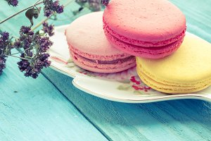 Macaroons and oregano
