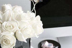 Styled Desktop | headphones & Roses