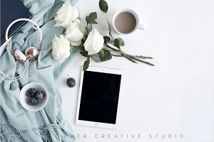 Ipad Mockup | Roses & Headphones