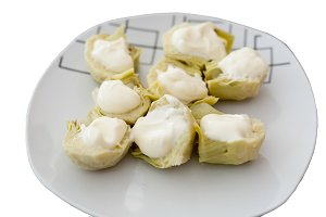 Artichokes with mayonnaise