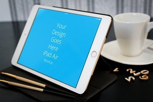 Apple iPad Display Mock-up#85