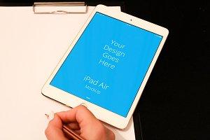 Apple iPad Display Mock-up#124