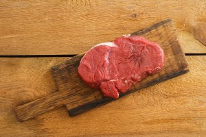 Uncooked fillet steak