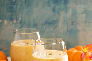 Pumpkin smoothie with oatmeal and chia seeds