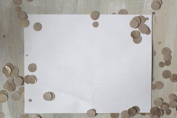 Confetti Simple Mockup