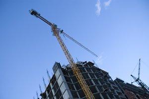 Big lift crane build house
