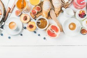Breakfast snacks and drinks set