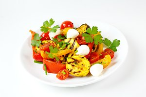 Grilled vegetables with mozzarella
