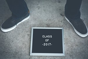 Class of 2017 Sign with teenage feet