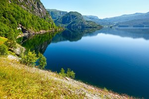 lake Suldalsvatn (Norway)