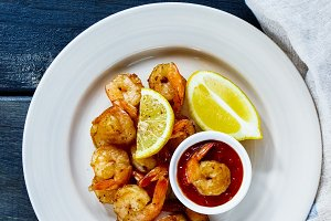 Roasted prawns with cocktail sauce