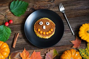 Pumpkin Halloween pancake for kids