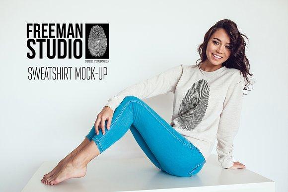 Free Sweatshirt Mock-Up Vol.2