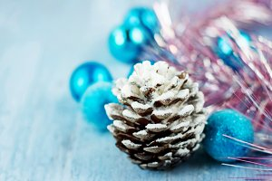 Decoration with snowy cone