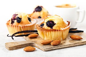 Blueberry Muffin cupcakes