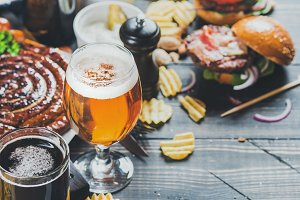 Oktoberfest beer and snacks set