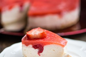 Berry Cheesecake with Jelly on Top