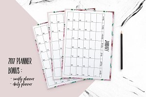 2017 planner (floral background )