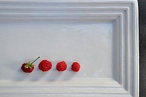 raspberries minimalist tray