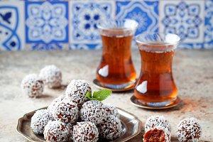 Traditional Turkish Carrot Delight (Cezerye)