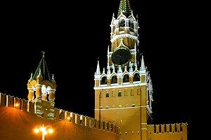 Night view of Spasskaya Tower