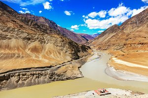 Indus river connected with another river in Leh, India