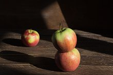 red apples on the table,