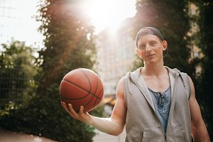 Streetball player