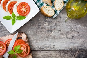 Caprese salad and ingredients